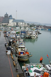 碼頭上的確有漁船在泊岸哦