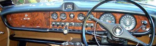 Jaguar_420_dashboard-r.jpg