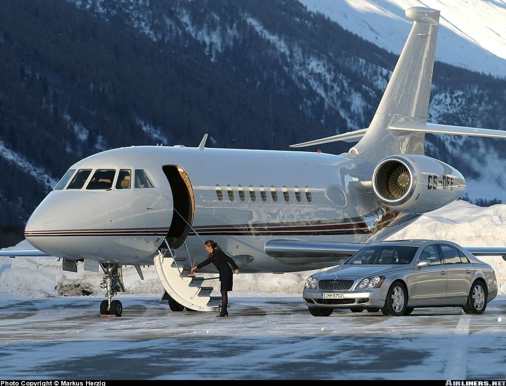 http://2.bp.blogspot.com/_FximKvw_huA/S81PvdBV32I/AAAAAAAAABI/eSqVGmPQG1s/s1600/Dassault+Falcon+2000.jpg