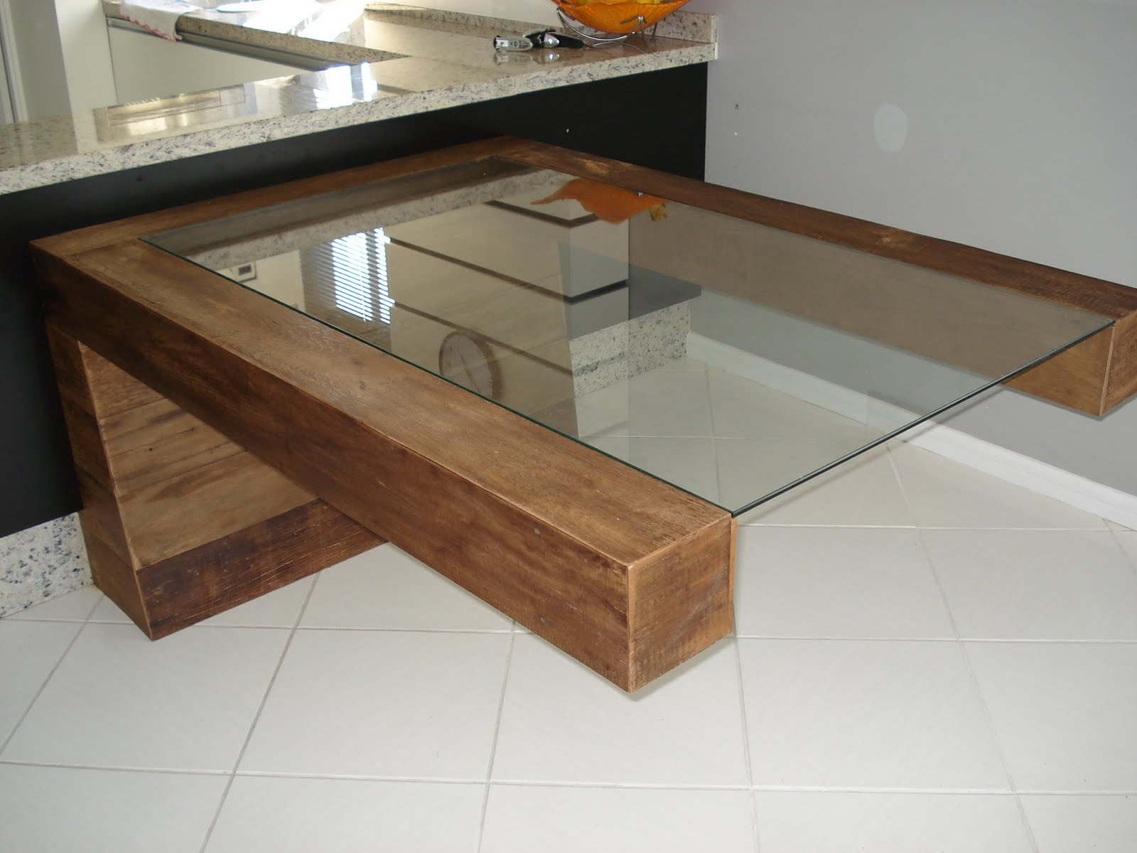 Casa de Maria Organic Design: Mesa em Balanço #B3610D 1600x1200