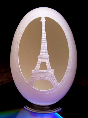 eggshell carving