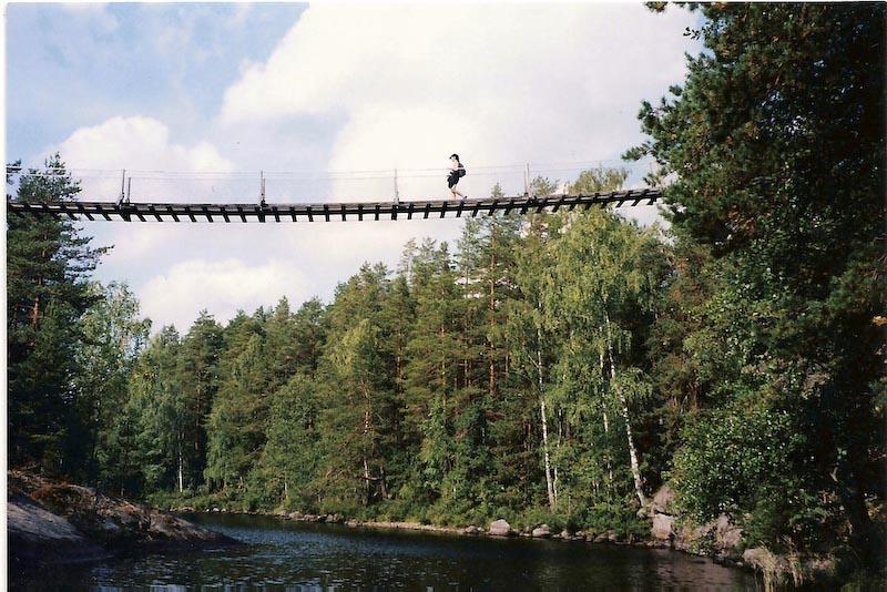 Foto penampakan hantu di jembatan