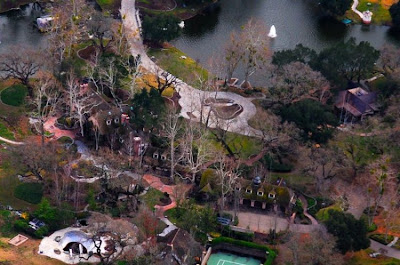 neverland ranch 35 Neverland, kediaman Michael Jackson