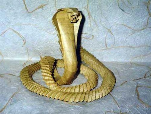 Как сделать просто змею