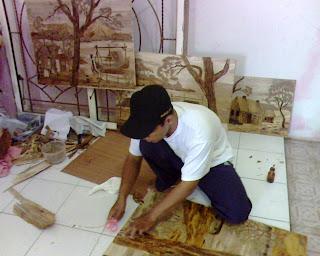 Peluang Bisnis Usaha Unik dan Menarik Modal kecil - Lukisan dari Pelepah Pisang