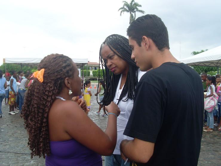 Adriano, Miriam e Olívia Santana
