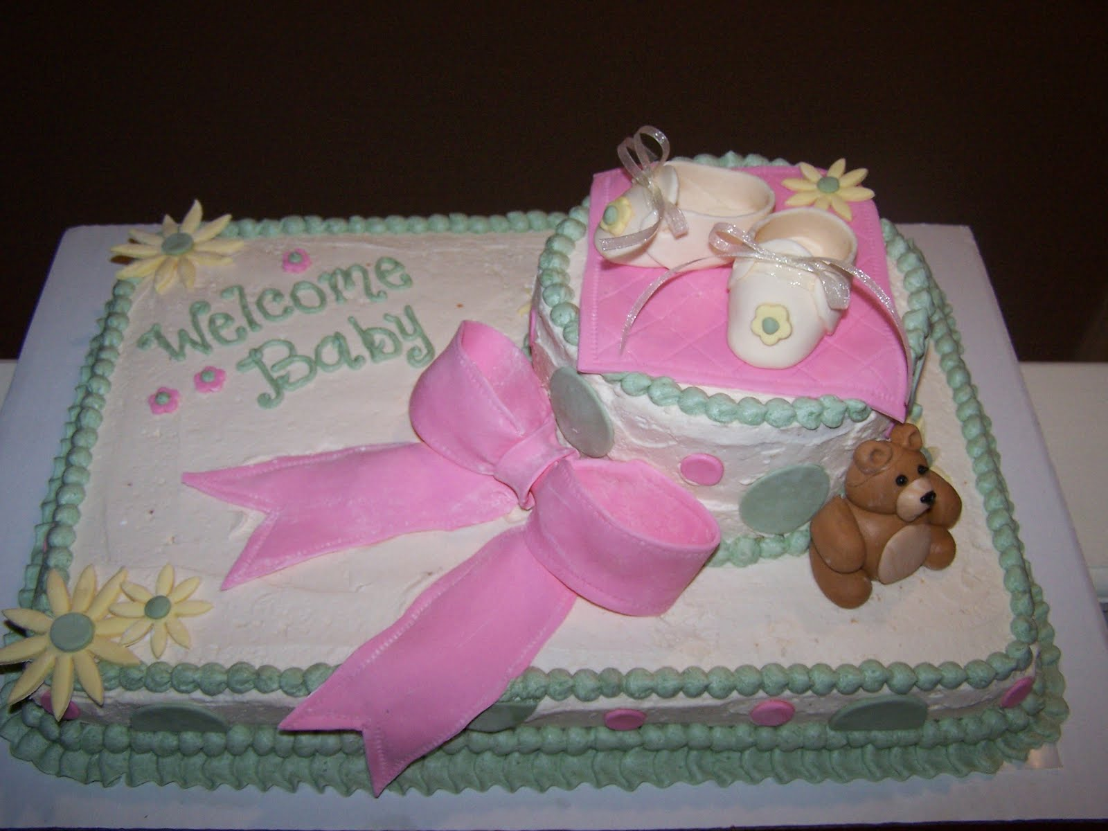 Living room decorating ideas baby shower sheet cake for Baby cakes decoration ideas