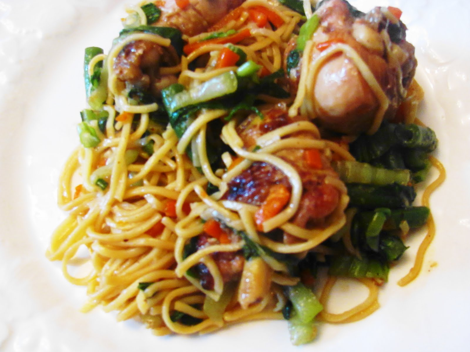 Cantonese Style Chicken Lo Mein