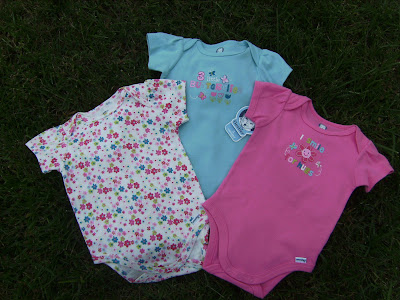 NWT 3 Gerber Baby Toddler Girl Onesies 3 6 Months 12 16 lbs