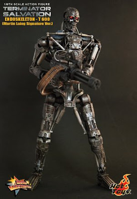 T 400 Terminator The Stormtrooper Effect: Hot Toys Terminator Salvation: Endoskeleton T ...