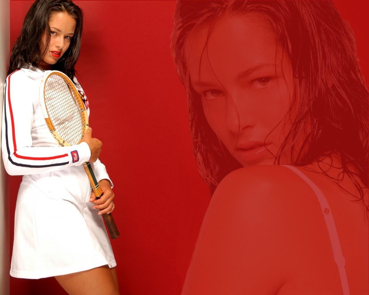 http://2.bp.blogspot.com/_G2zvy1koc3I/S78tZ4UNzzI/AAAAAAAABOM/NG83IUS7goI/s1600/ana-ivanovic-40-tennis-feminin-sports-loisirs.jpg