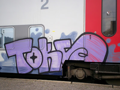 tox toks graffiti
