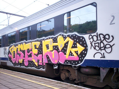 OSTER train graffiti
