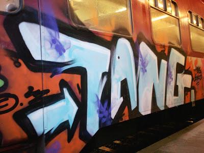 Tang graffiti