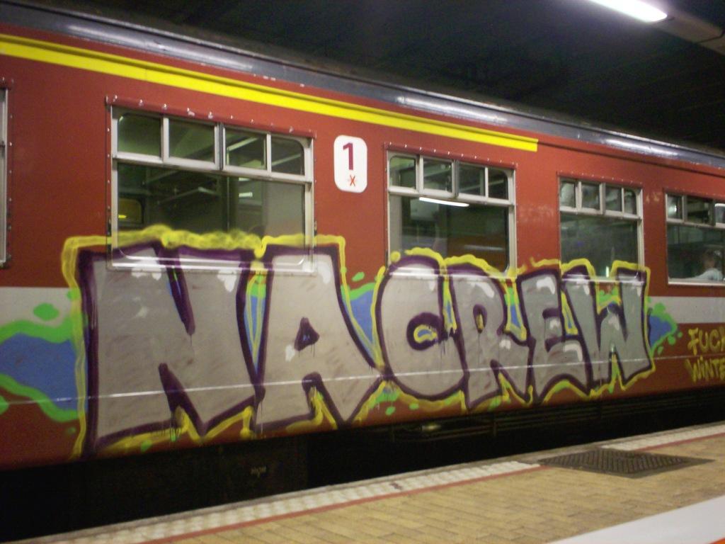 Art Crimes: Trains - Graffiti