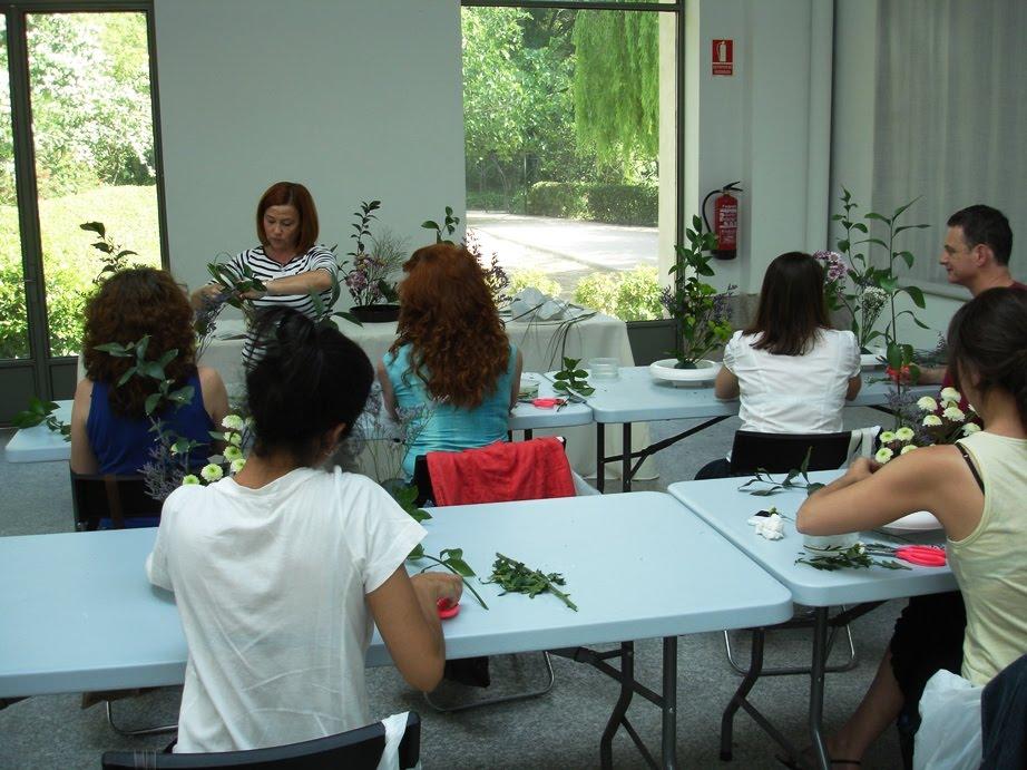 Cr nica de la viii gran exposici n de ikebana en el real for Jardin botanico talleres