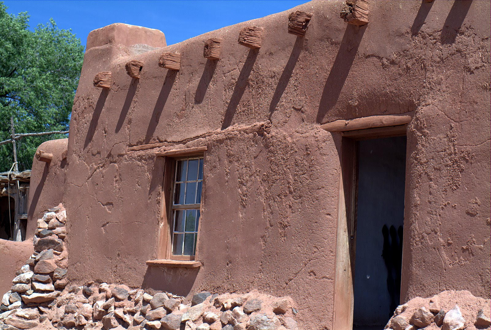 Builders tips green building guide to natural building Building an adobe house