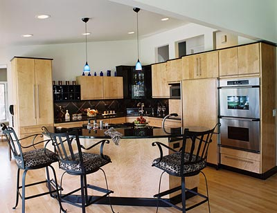 Pictures Of Black Cabinets With Light Bar Stools