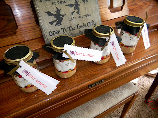 Tami's Eclectic Corner: Halloween S'Mores in A Jar...You ...