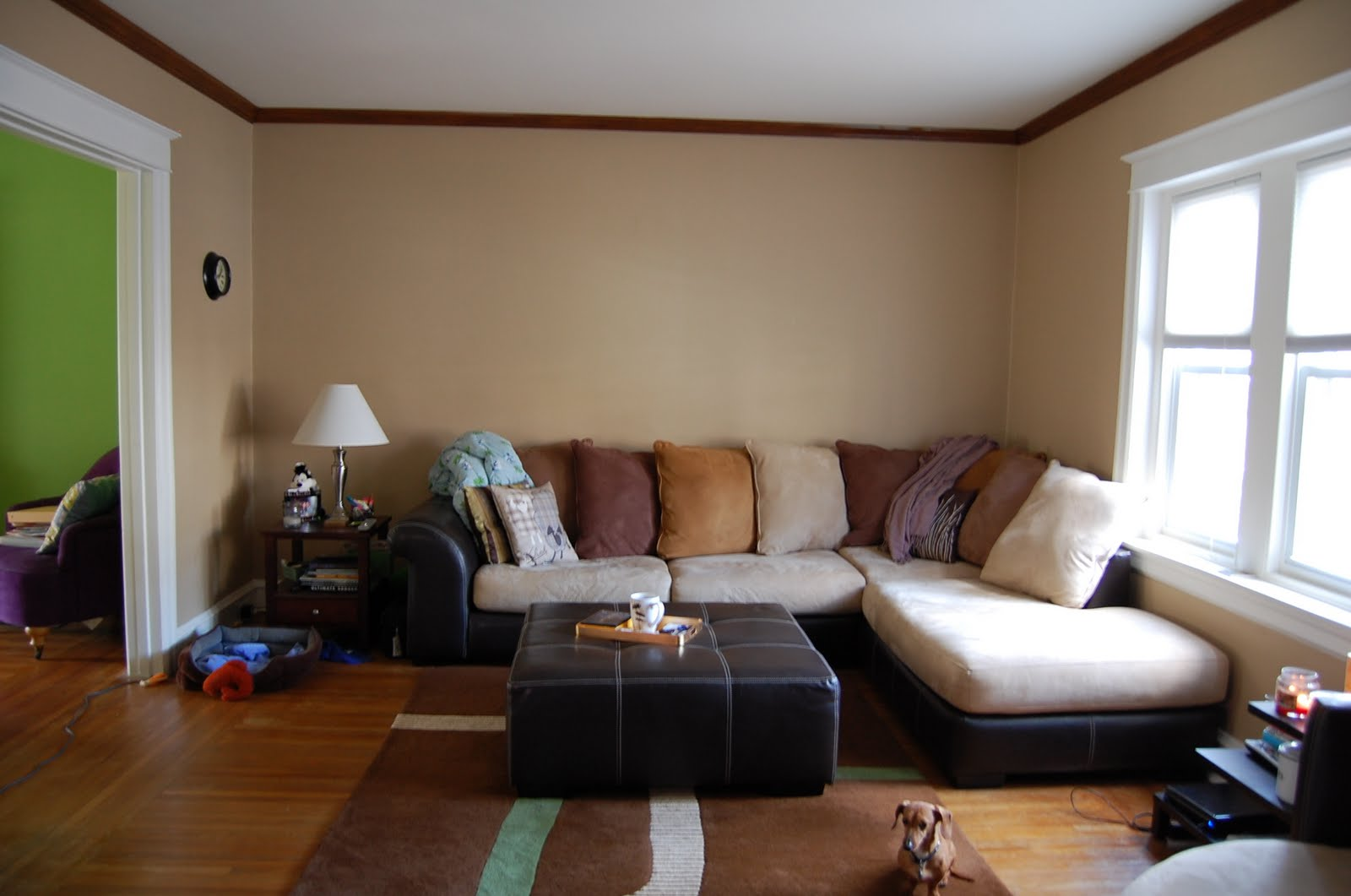Tempest in a blue teapot living room help needed for Family room picture wall