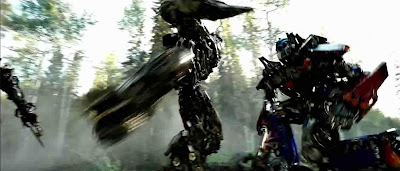 Optimus Prime vs Megatron's knee