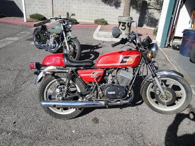 djmfnk  1977 Yamaha rd400