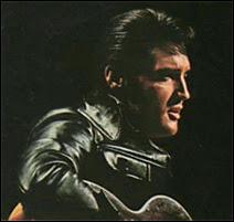 Elvis au cours de son show sur NBC en 1968.
