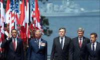 Le président Barack Obama, le Prince Charles, le Premier ministre anglais Gordon Brown, le Premier ministre canadien Stephen Harper et le président Nicolas sarkozy à Colleville-sur-mer, le 6 juin 2009.