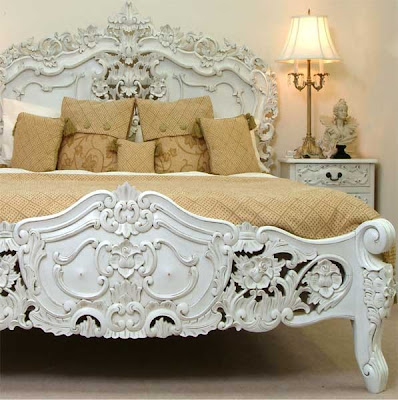 huge rococo style bed