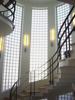 unique-art-deco-staircase-and-foyer