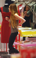 Lindsay Lohan: Retail Romp with Dina and Ali