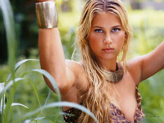 HOT RUSSIAN MODEL: ANNA KOURNIKOVA