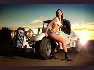 Hot Girls Super Cars Photo Shoot Pic