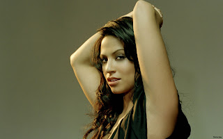 Indian American Actress Navi Rawat