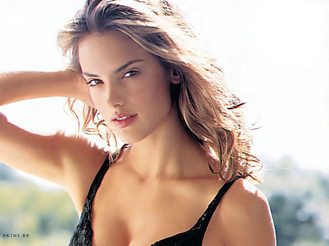 Brazilian Bombshell Alessandra Ambrosio HQ Wallpapers