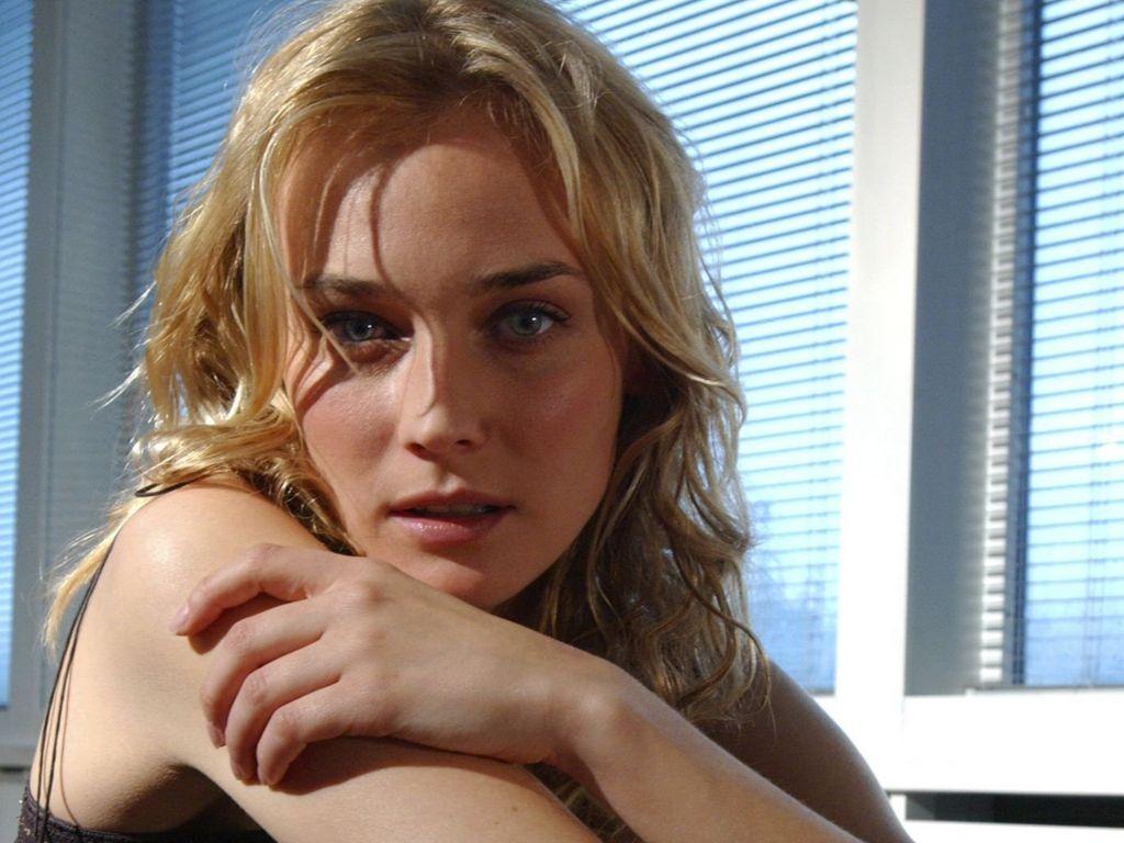 http://2.bp.blogspot.com/_GCAuqodmOE4/TQR4gLr6QwI/AAAAAAAAFYY/7AMlcPK7-W4/s1600/Diane-Kruger-17.JPG