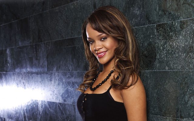 Sexy Rihanna Widescreen Wallpapers 1280 * 800