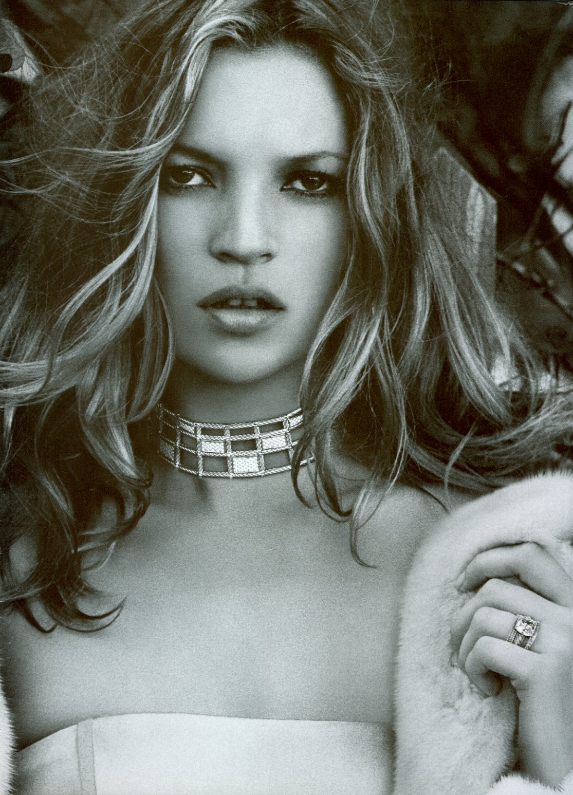 http://2.bp.blogspot.com/_GCAuqodmOE4/TRJhtiiLFHI/AAAAAAAAF4w/kLTxuWH1CPM/s1600/Model+Kate+Moss+%25281%2529.jpg