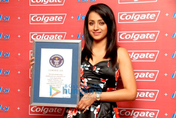 Trisha Krishnan With Guinness World Records Certificate Pictures