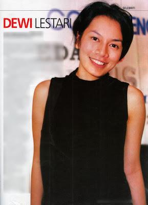 Dewi Lestari alias Dee