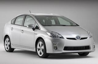 Hybrid MPV Prius