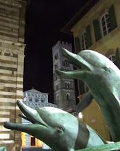 Sono arrivati i delfini in Piazza San Giovanni, ora ci aspettiamo un mare di voti
