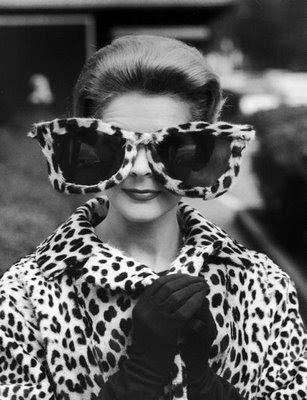 yo han apreciado esta web y ya se han pedido más de una de estas gafas. Yo me las pido!!! Absolutamente, para la próxima fiesta y para lo que venga.