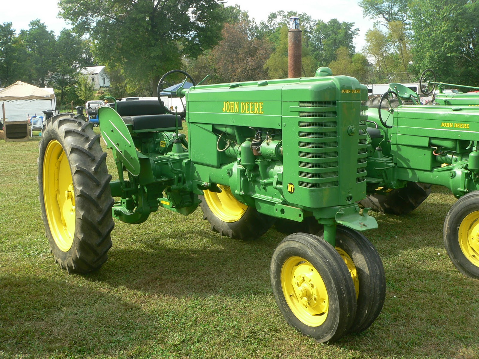 Vintage Farms Tractors For Sales : Antique tractors bing images