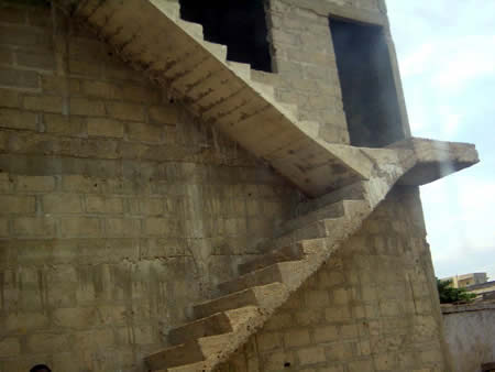 gambar tangga rumah on AGAK2 RUMAH KORANG ADA TAK TANGGA CAMNIE?NAK JUGAK CUBA NAIK ...