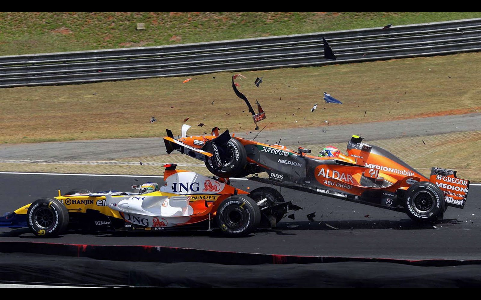 download formula 1 crashes - photo #12