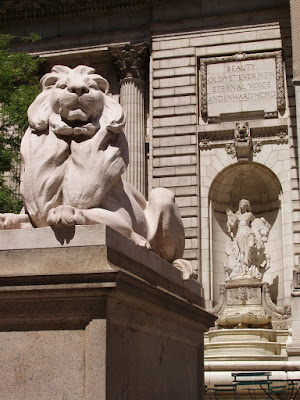 New York Public Library entrance statues