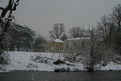 Chiswick House in snow February 2009