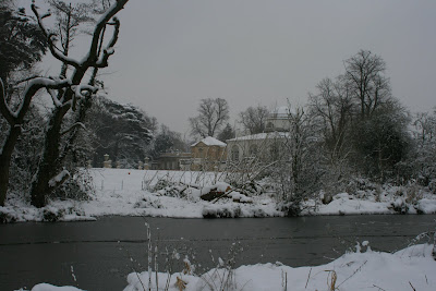 Chiswick House snowbound Feb 2009