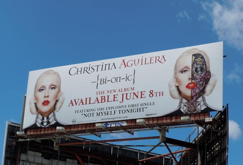 Christina Aquilera Bionic album billboard
